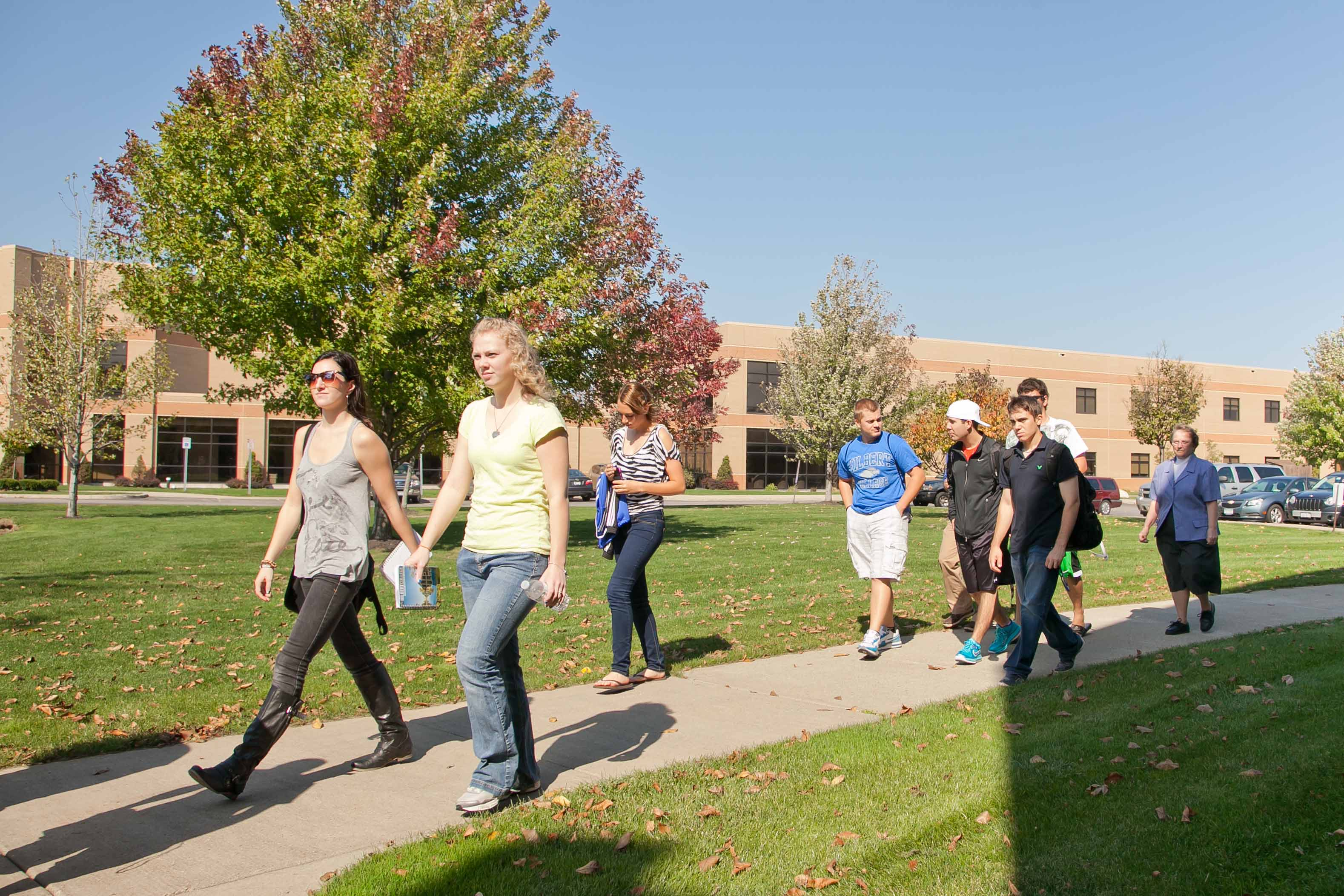 Hilbert Students walking